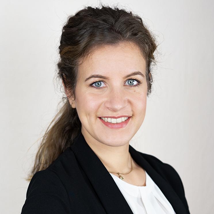 https://www.econnects.de/wp-content/uploads/2021/02/Joana-Schlutter.jpg