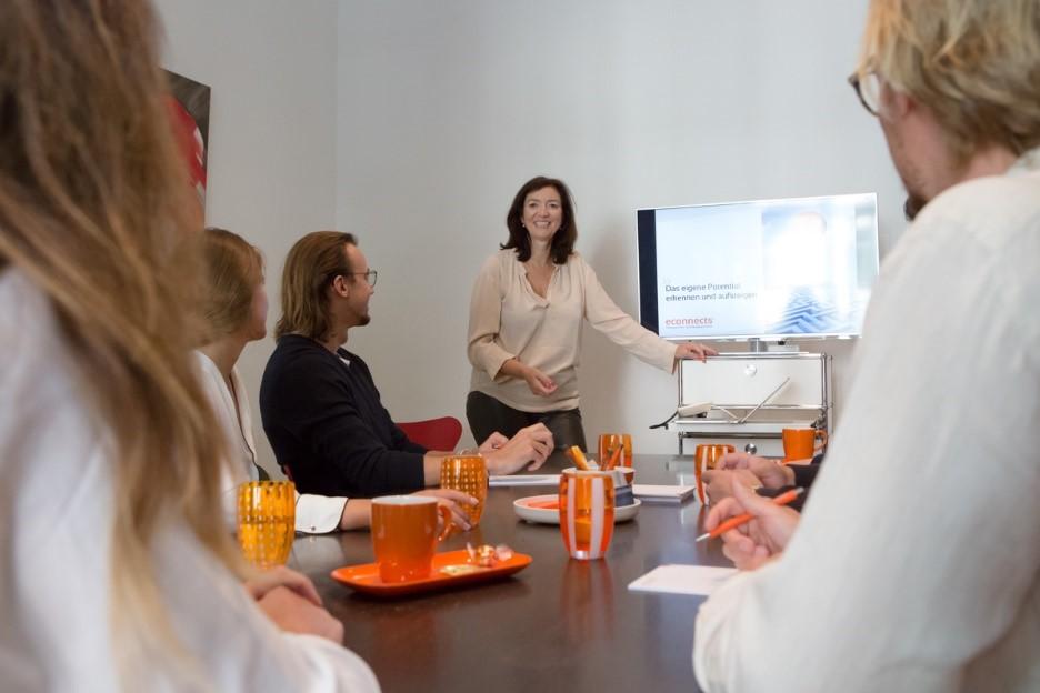 https://www.econnects.de/wp-content/uploads/2021/05/workshops.jpg